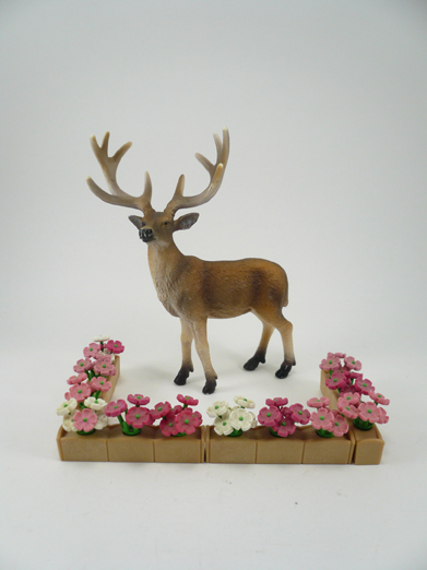 deer-and-flowers